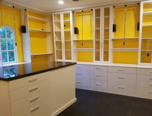 Custom Closets vs. Doing it Yourself