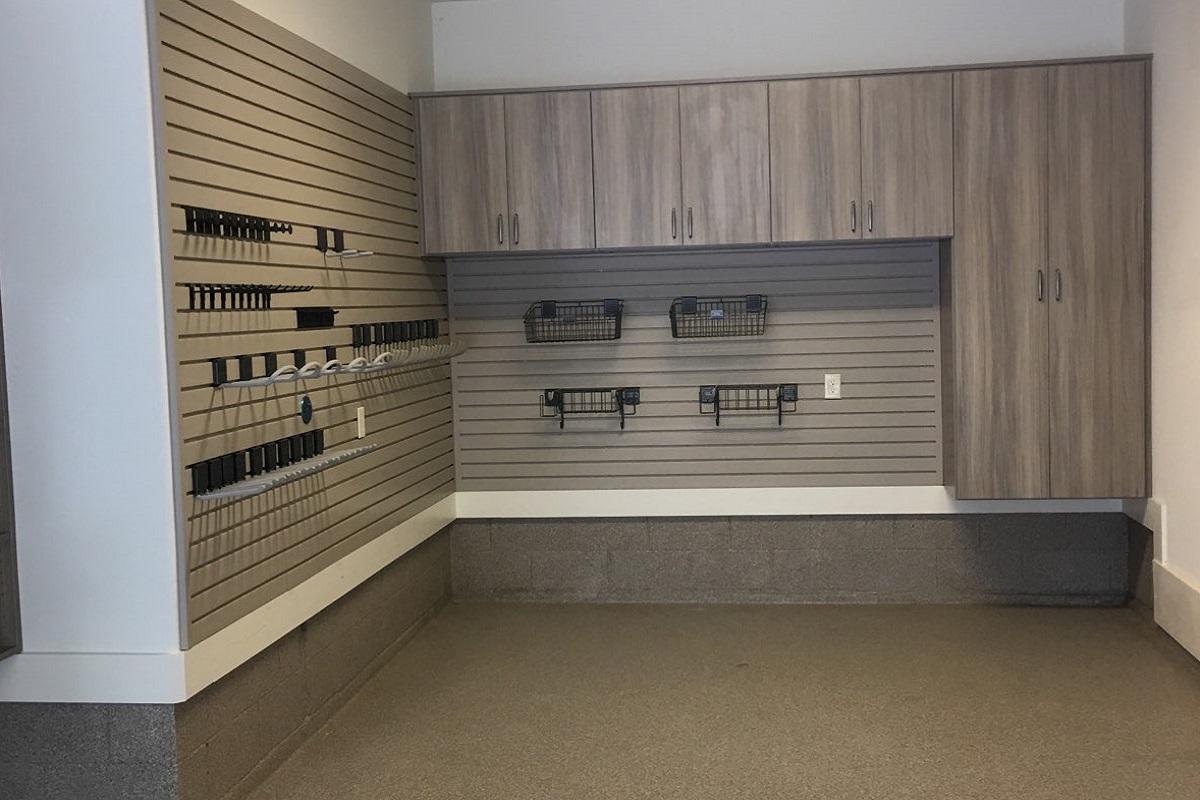 Modeern Garage Garage Storage System