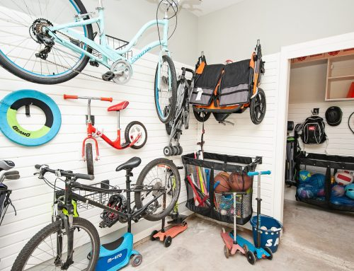 4 Ways to Use Your Garage More Effectively for Post-Holiday Décor Storage