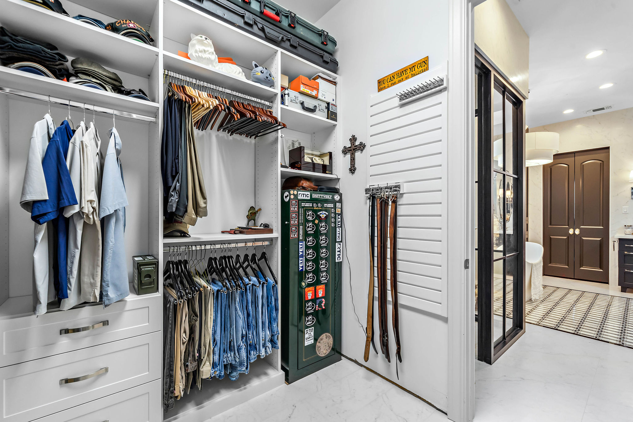Slatwall - SpaceManager Closets