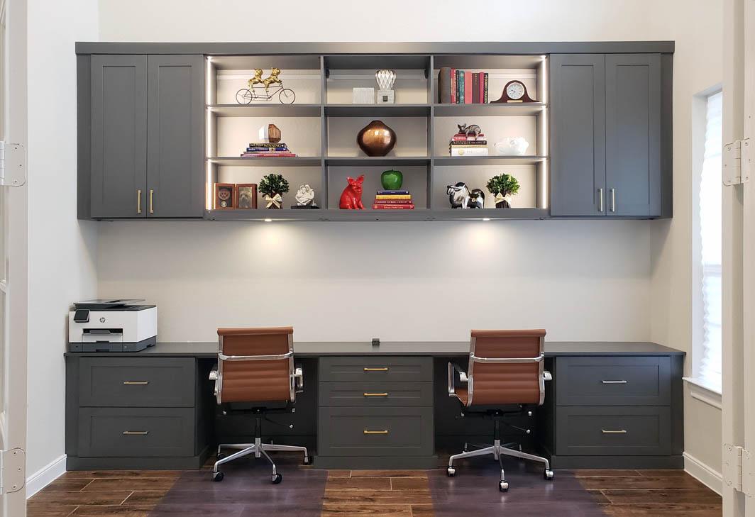 Custom Home Office 2021