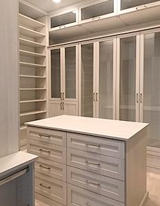Tall closet system