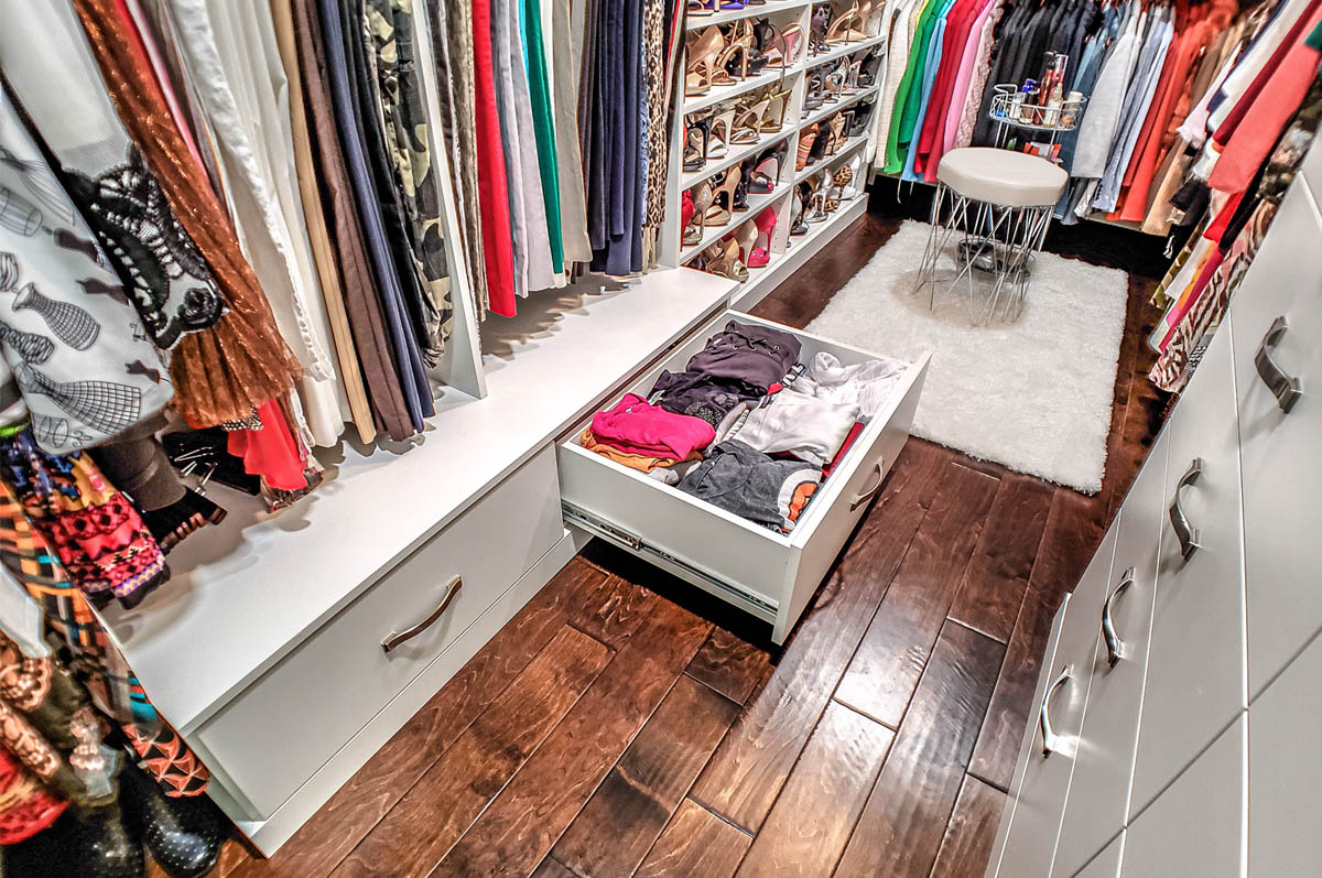 Custom Walk in Closet addiitional storage space
